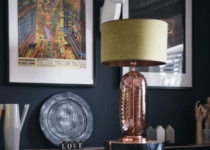 lampa stolowa na szklanej podstawie Famlight
